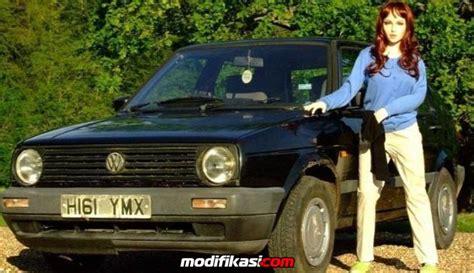 Boneka Mobil Vw boneka cantik jualan mobil vw golf bekas bikin heboh