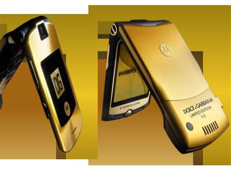 Target Sells Discounted Pre Owned Colorware Ipods by Fashion Insider 2006