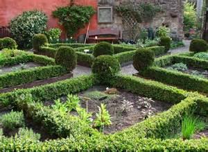 Garden Dunfermline Garden In Abbott House Dunfermline 169 William Starkey Cc