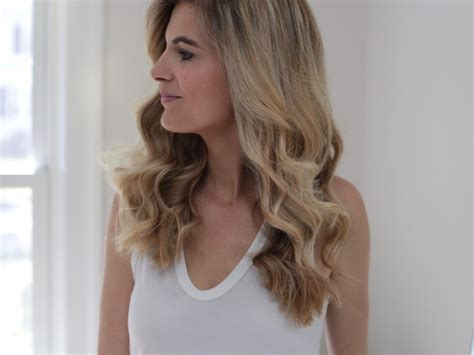 how to curl loose curls on a side ethnic hair loose curls a picture tutorial of how to use the t3