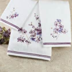 Purple bath towels and rug sets with black white bathroom decorating