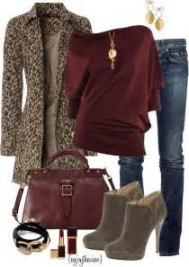 what color goes with leopard print burgundy leopard leopards burgundy and coats