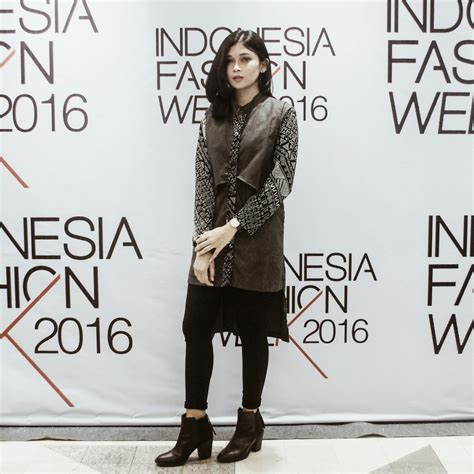 indonesia fashion design competition 2016 indonesia fashion week 2016 reflections culture