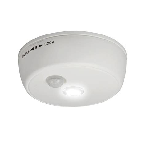 Ceiling Light With Motion Sensor Healthsmart Safestep Motion Sensor Led Ceiling Light 599 7000 0000 The Home Depot