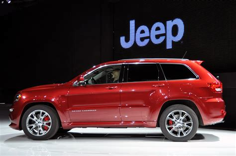 srt jeep 2011 2011 wl jeep grand cherokee page 34 jeepforum com