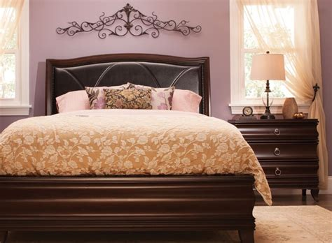 raymour and flanigan bedroom set belanie 4 pc queen platform look bedroom set