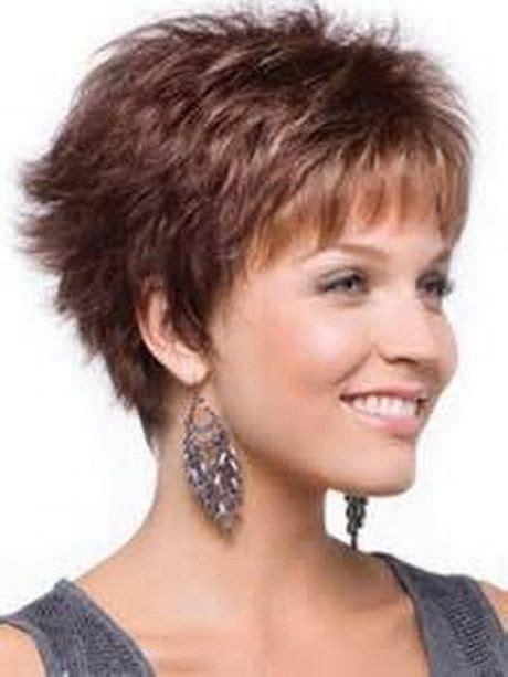 razor cut for after 40 short razor haircuts for women short layered haircuts