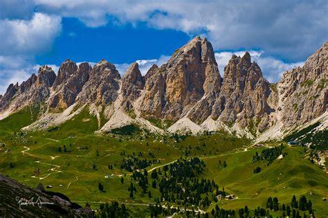 dolomite mountains dolomites alta via 2 dolomites hiking dolomite mountains