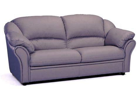 rivestire divano costo costo rifoderare divano top divano in pelle con piedini