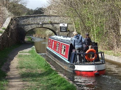 Chanel Florence Rc canal boat llangollen canal wales picture of llangollen