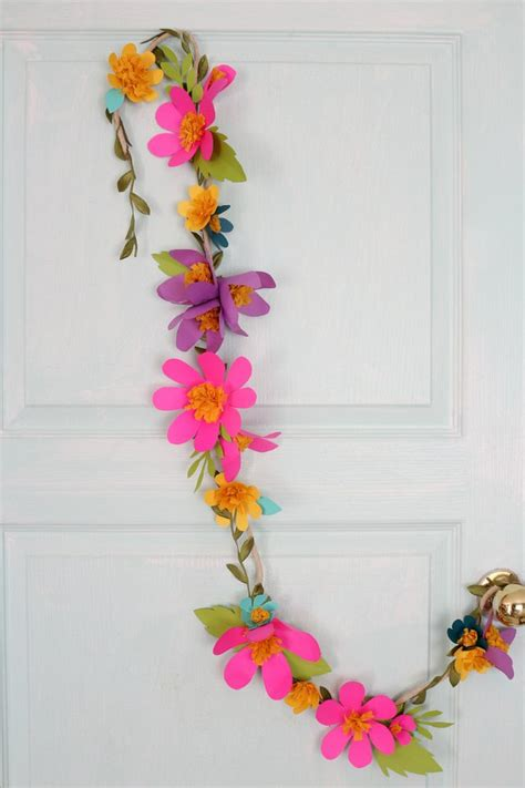 How To Make Paper Flower Garland - how to make paper flower garlands ehow