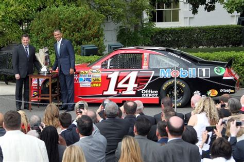 tony stewart house tony stewart pictures obama welcomes tony stewart and nascar drivers to white house
