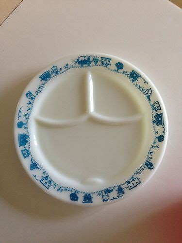 Tupperware Lucky Dish 748 best images about vintage pyrex on friendship mixing bowls and snowflakes