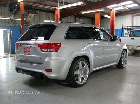 So Sick Lowered Jeep Srt8 Petrol Head Pinterest