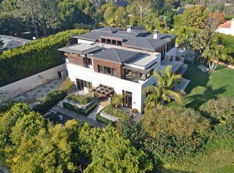 matt damon house celebrity house matt damon s mansion in pacific palisades