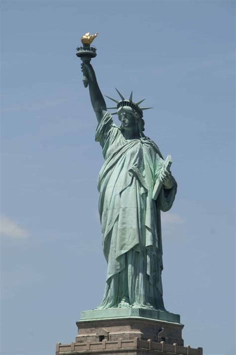 lade liberty get ready for a visit to the amazing statue of liberty