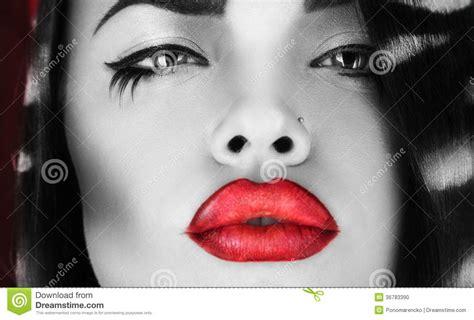 imagenes de labios a blanco y negro foto horizontal de la hembra blanco y negro con los labios