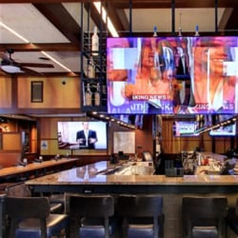 bracket room arlington va bracket room 285 photos 441 reviews sports bars 1210 n garfield st clarendon arlington