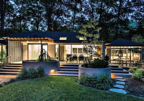 Small Split Level House Plans this week s find a treehouse in forest hills