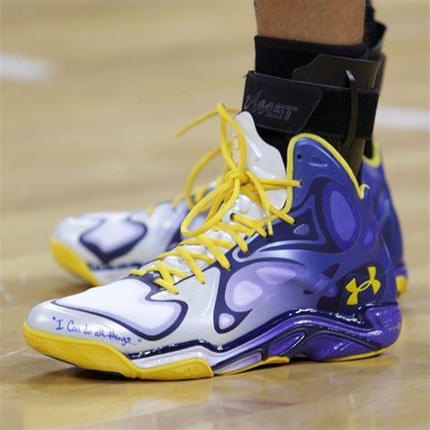 Sepatu Basket Nike Kd 10 Finals Pe Blue stephen curry debuts new armour anatomix spawn