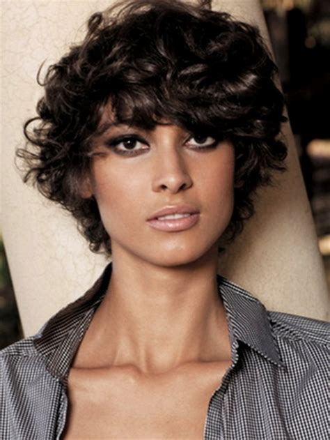 short hairstyles curly hair long face short hairstyles for curly hair round face