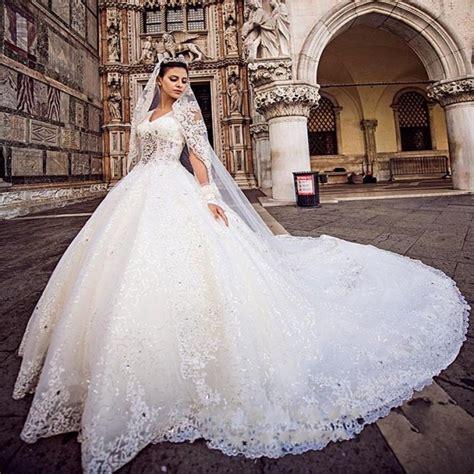 imagenes vintage baños luxury empire cathedral royal train wedding dress 2017