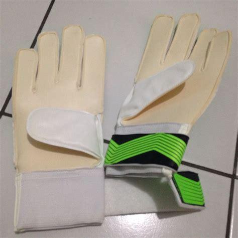 Sarung Tangan Kiper Lifting jual sarung tangan kiper adidas predator hijau