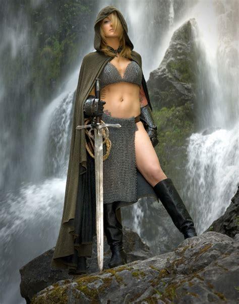 the2leep hot girls with sword photo shoot ladyhawke cosplay
