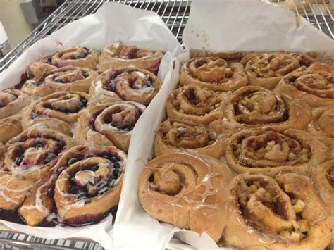 cupcakes plymouth mn cinnamon rolls at great harvest bread maple grove mn