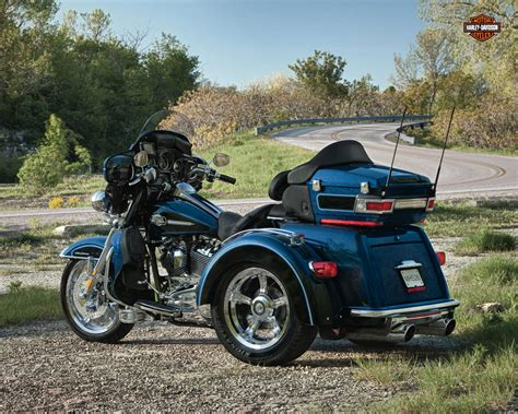 2011 Harley Davidson Glide Specs by Harley Davidson Tri Glide Ultra Classic Specs 2011 2012