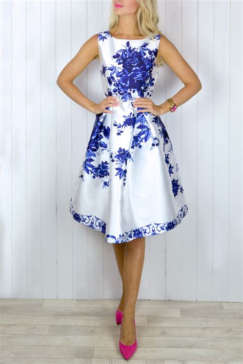 Alillah Blue blue and white floral dress oasis fashion