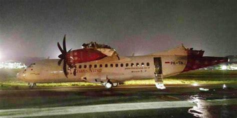 batik air vs transnusa tabrakan pesawat batik air vs transnusa sayap terbakar