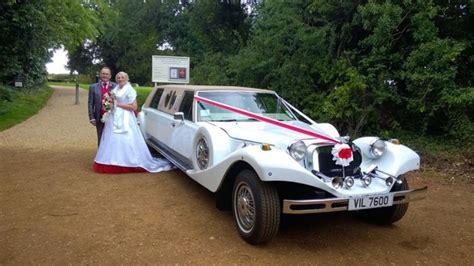 Wedding Car Buckinghamshire by American Limousine Wedding Cars Winslow Buckinghamshire