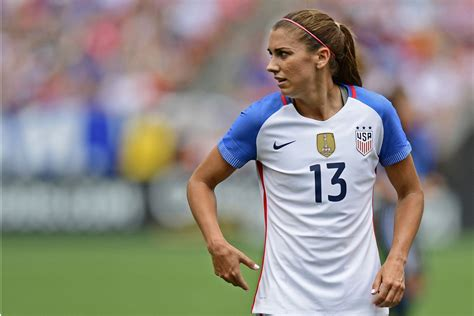 alex morgan we re not scared alex morgan threatens us women s