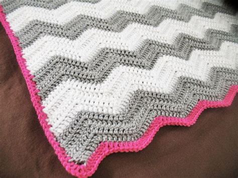 chevron baby blanket free crochet pattern from red heart 20 best gramas cottage my creations images on pinterest