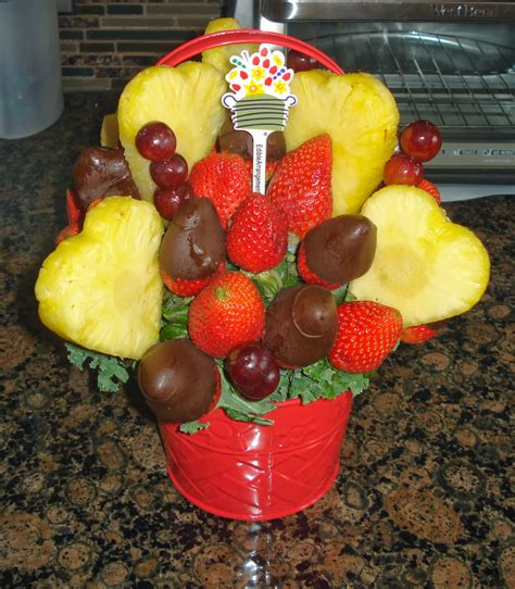 edible arrangements how to make edible arrangements for valentines day www