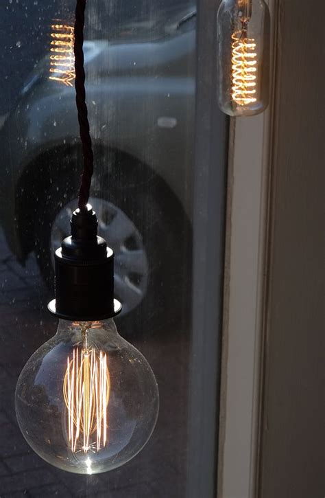 fashioned big bulb lights 1000 ideas about fashioned light bulbs on