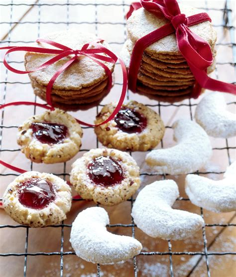 Jam Senter thumbprint cookies filled with jam taste like the holidays ny daily news