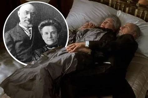 film titanic story titanic true story what happened to couple on bed as ship