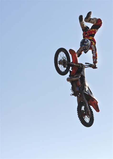 motocross stunts dirt bike tricks hd