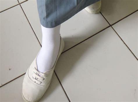 Sepatu Wanita Hm Ini 6 Trend Anak Sma 6 Jakarta Kalo Sekolah Lo Majalah Ouch