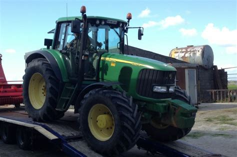 Stelan Tractor reward offered for deere tractor stolen in co carlow agriland
