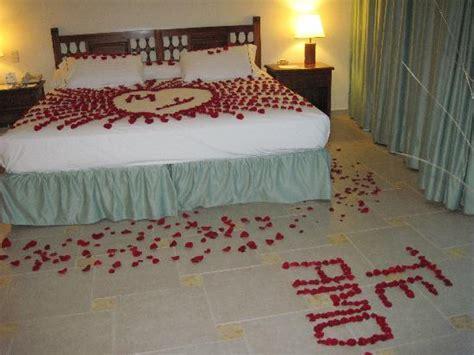 ideas para decorar habitacion de hotel romantica imagen
