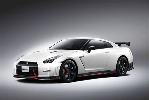 nissan skyline 2014 2015 nissan gt r nismo supercar pictures and video