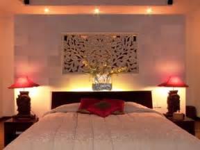 Intimacy In The Bedroom by Orientalisk Inredning I Sovrummet