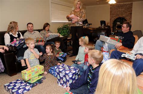 christmas 2011 family christmas gift exchange ideas 2011