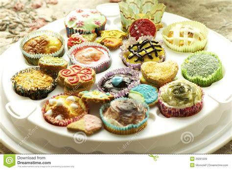 kekse kuchen gruppe kleine kuchen und kekse lizenzfreie stockbilder