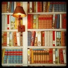 wallpaper that looks like bookshelves book wallpaper on