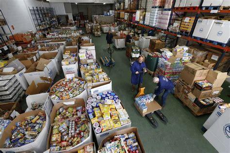 los bancos de alimentos necesitan tu ayuda entre estudiantes