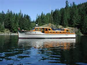 Marine Upholstery Seattle Paint Colour Schemes On Classic Boats Classic Yacht